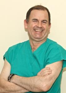 Dr. Andrés Diaz V